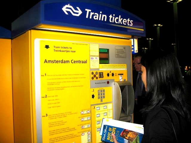 amsterdam train tickets